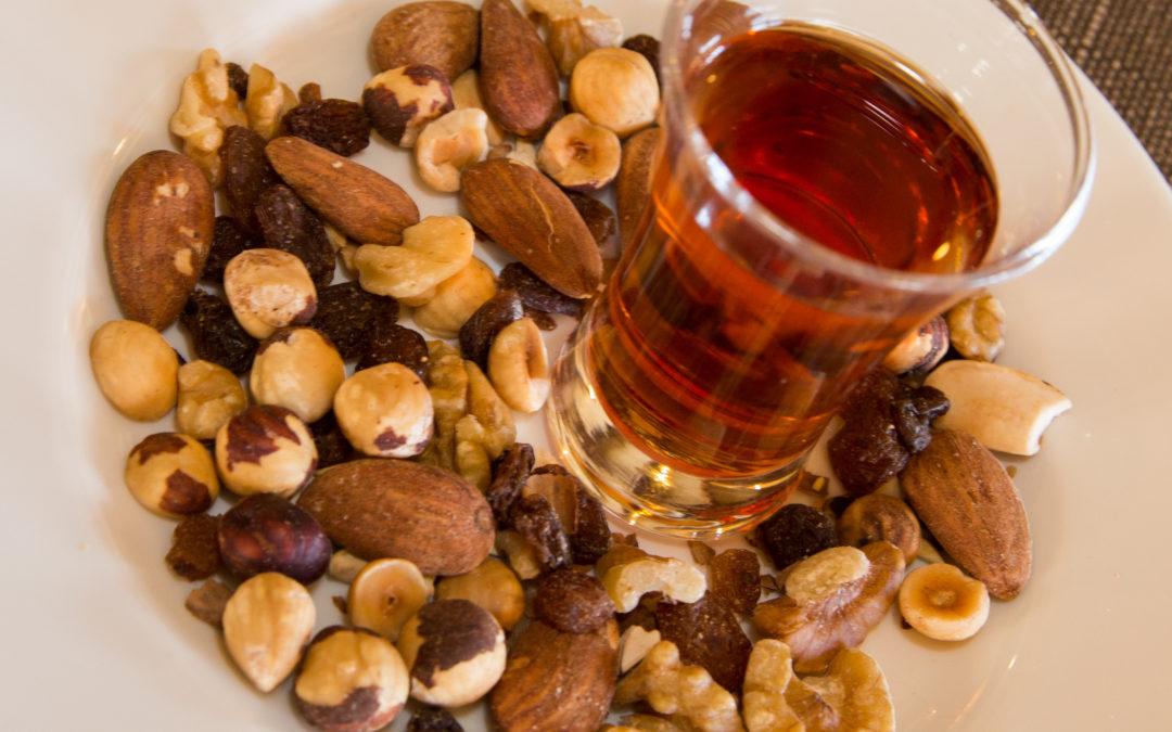 La ratafia, el licor més tradicional de Catalunya